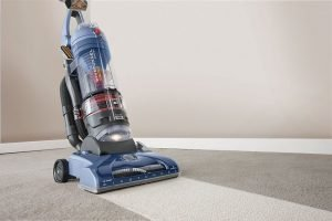 Upright-vacuum-cleaner-